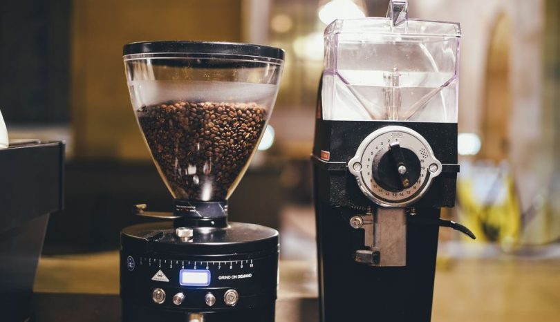 Doften av nybryggt kaffe