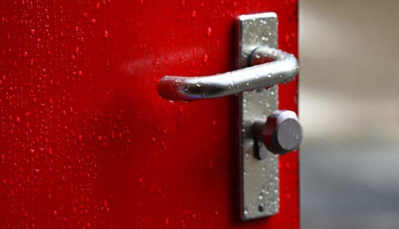 Hjälp med både låsöppning och säkra lås